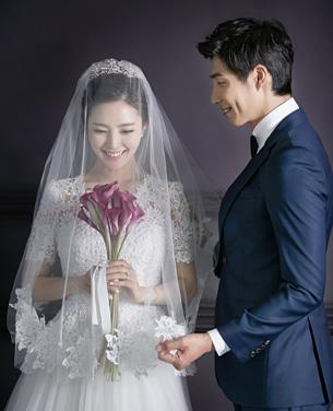 韩式纯色婚纱摄影主题作品欣赏
