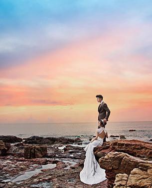 夕阳礁石婚纱照深圳婚纱摄影