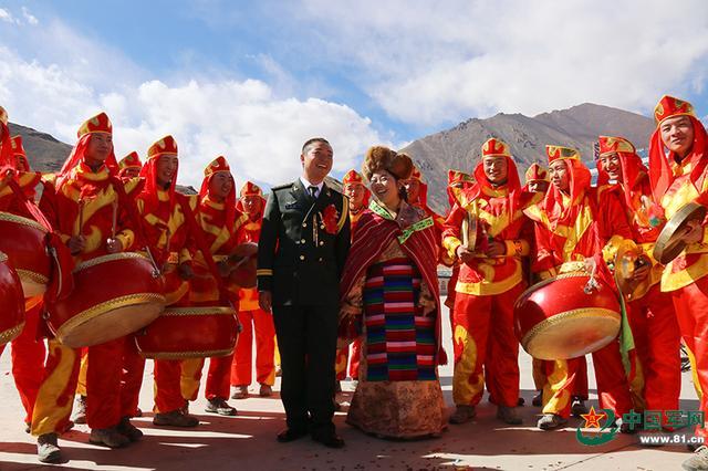 喜马拉雅山上的婚礼