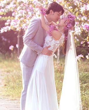 陌上花开主题外景婚纱摄影