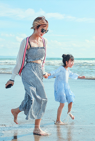 八月客照欣赏 唯美海景亲子照作品